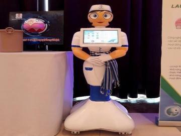 Bệnh viện 'sắm' điều dưỡng robot đón tiếp bệnh nhân